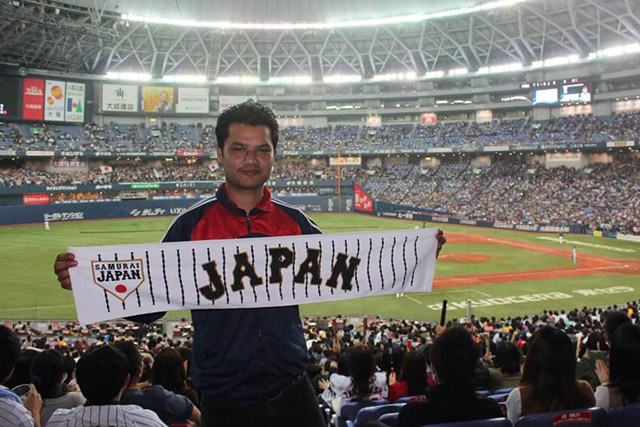 """世界の野球""""ヒマラヤを北に臨む..."""